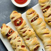 Receta de Halloween: Chistorra de pollo momificada
